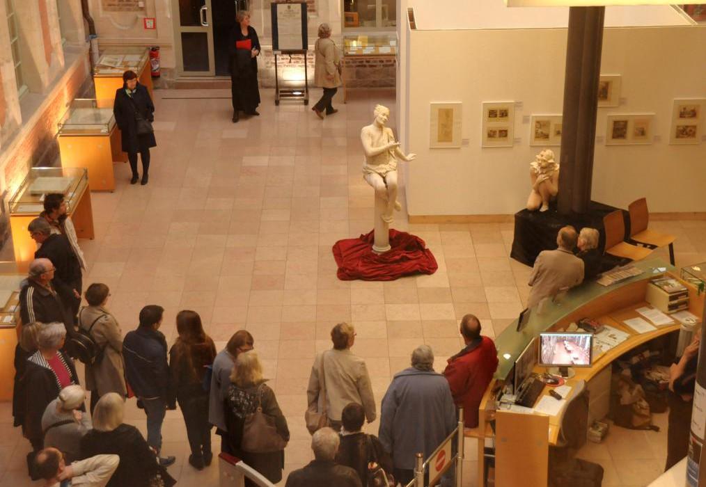 musée de Valenciennes statue vivante