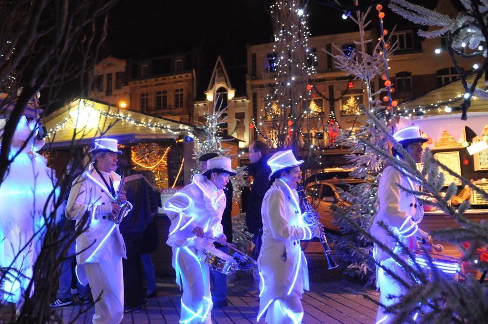 parade lumineuse  fêtes de fin d'année